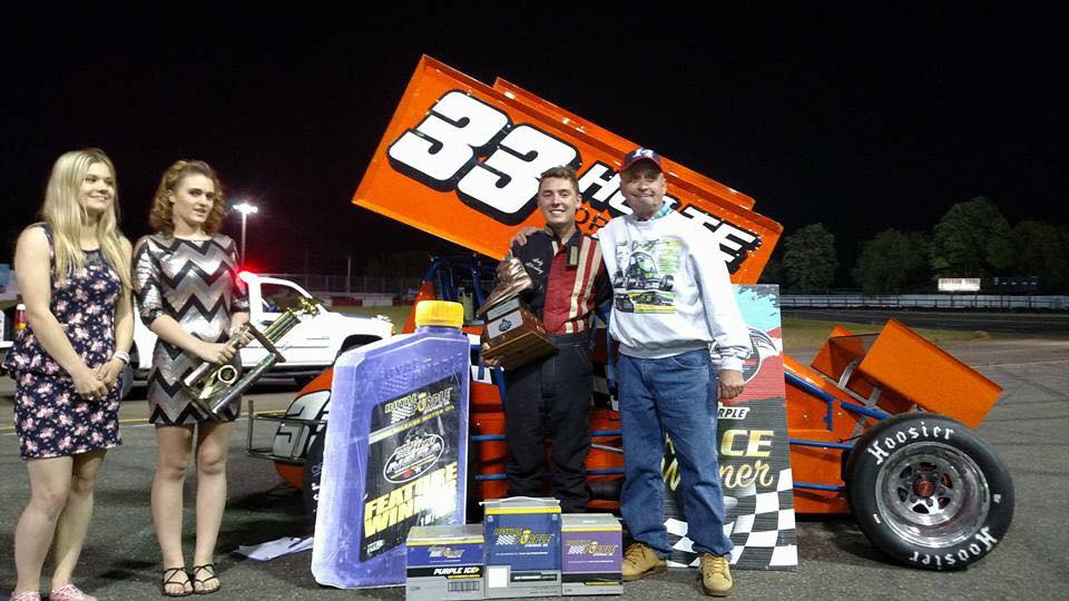 Kyle Alberding Wins 2017 Rick Brown Super Shoe; Records First Career Royal Purple NSRA Winged Sprintcar Feature Victory